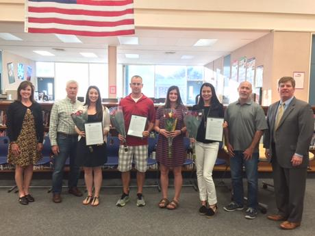 Moraga School District Awards Teachers Tenure